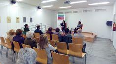 La escritora malagueña Isabel Bono (1964) comenta su exposición poética: Cahier, poemas (im)posibles. Biblioteca Manuel Altolaguirre (Cruz de Humilladero, Málaga) Abril 2015