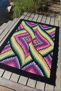 This is Gail's Links Bargello quilt and the pattern is designed by Lockwood Quilts, find their website h ere . I love Bargello quilts, . Longarm Quilting, Free Motion Quilting, Quilting Projects, Quilting Ideas, Quilting Patterns, Bargello Quilt Patterns, Bargello Quilts, Rag Quilt, Quilt Top