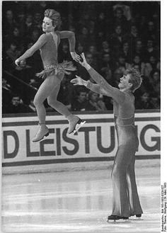 Canadian Pairs champions Barbara Underhill and Paul Martini in March, 1983.  They would go on to win gold at Worlds the following year.