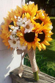 sunflower bridal bouquet - 14 Beautiful Bridal Bouquets