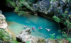 BELIZE | CAVE TUBING AND ZIP LINING EXCURSION