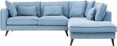 Hoekbank Suite is een stijlvol zitmeubel met een Scandinavische poot in fijn geweven aqua stof. Deze 2,5 zits ligelement heeft een kwalitaiief hoogwaardige Luxafoam vulling en solide nosagvering voor een comfortabele zit.