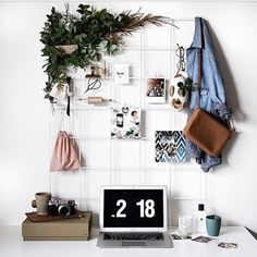 """""""Wishing my desk situation looked a lot more like this and less like that (and by that I mean eugh) #fridayfeelgood"""" Photo taken by @somethingaboutstyle on Instagram, pinned via the InstaPin iOS App! http://www.instapinapp.com (04/10/2015)"""