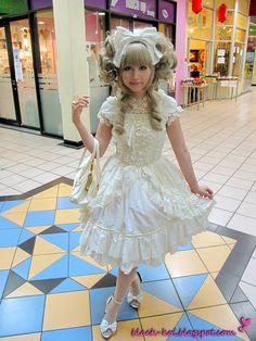 Hime- lolita fashion