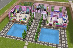 House four / ground floor with front / girly pink house