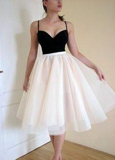 Kup mój przedmiot na #Vinted http://www.vinted.pl/kobiety/sukienki-wieczorowe/9814466-nowy-36-38-gorset-crop-top-push-up-tiulowa-spodnica-nude-chamapgne-rozkloszowana
