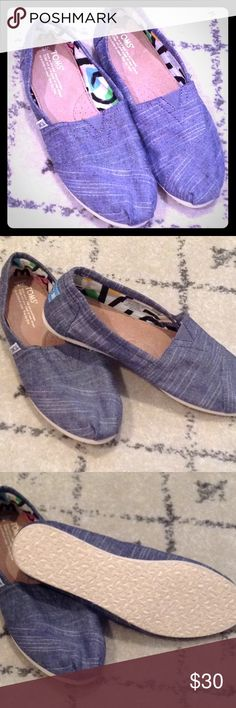 Toms Size 8 New with out box, Toms Classic Chambray Blue size 8. Toms Shoes Flats & Loafers