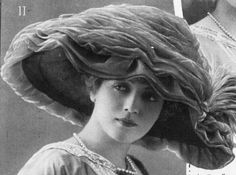 Large Tulle Hat, 1912