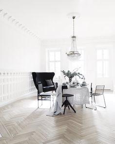 Die 212 Besten Bilder Von Tisch Stuhl In 2019 Black Pendant