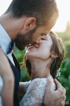 the kiss #weddingphotography ©reegophotographie