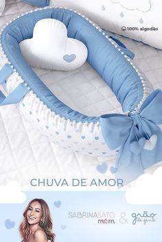 Aquele aconchego gostoso para o seu grande amor! Chegando a nova linha da Sabrin… That tasty warmth for your great love! Coming to the new line of Sabrina Sato Mom to present the Pompom Crib Reducer Baby Nest and hearts… Sigue leyendo → Baby Swaddle Blankets, Baby Pillows, Baby Nest Pattern, Sabrina Sato, Baby Nest Bed, Baby Co, Baby Sewing Projects, Baby Crafts, Kids And Parenting