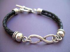 Black Braided Leather Bracelet Infinity door UrbanSurvivalGearUSA