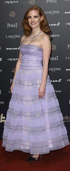 4714ccd6526 18 meilleures images du tableau Robe de soirée violette