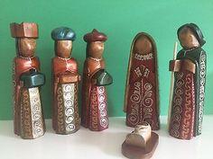 """Wooden Nativity set from Ecuador, Holy Family, Nativity scene  8"""" tall"""