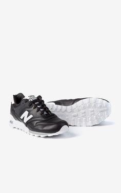 New Balance M577 FB Black/White