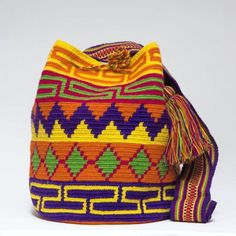 Cabo Wayuu Bags - Woven by 2 Tread Count Crochet Clutch Pattern, Tapestry Crochet Patterns, Crochet Coat, Mochila Crochet, Crochet Bag Tutorials, Tapestry Bag, Poncho, Bag Patterns To Sew, Quilted Bag