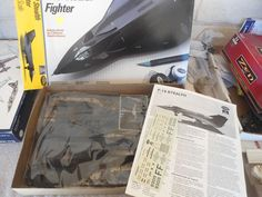 Testors #595 1/48 F-19 Stealth Fighter Plastic Military Airplane Model Kit #Testors