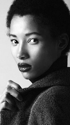 One-to-Watch: Model Lineisy Montero (La Muse Noire) Dark Skin Models, Black Models, Twists, Dreads, Beautiful Black Women, Beautiful People, Lineisy Montero, Afro Textured Hair, Glamour Photo