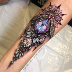 Pretty jewelry collaboration piece by Ryan Ashley Malarkey and Jenna Kerr. Juwel Tattoo, Hamsa Tattoo, Tattoo Hals, Body Art Tattoos, Thigh Tattoos, Mandala Tattoo, Tattoo Neck, Tatoos, Henna Tattoos