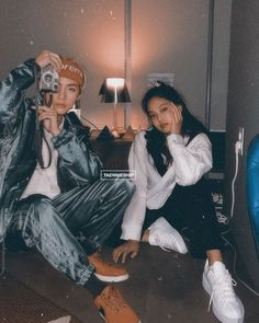 """Tata & Nini """"Something is about to happen 😊 _ Swag Couples, Kpop Couples, Cute Couples, Bts Girl, Bts Boys, Korean Couple, Best Couple, Bts Taehyung, Bts Jimin"""
