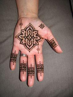 not-round henna mandala