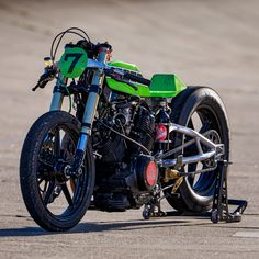 THE NEVER-ENDING STORY: BUILDING A YAMAHA TR1 DRAG BIKE