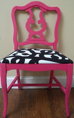 hmmm just bought a thrift store chair that I think needs to be painted pink :)