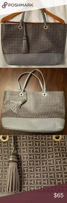 Nwot Tommy Hilfiger grey purse New without tags! No flaws Beautiful grey Tommy Hilfiger hand bag Matching tassel Navy cloth interior Tommy Hilfiger Bags Shoulder Bags