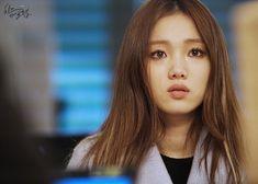 Lee Sung Kyung Hair, Lee Sung Kyung Doctors, Korean Actresses, Korean Actors, Actors & Actresses, Asian Actors, Swag Couples, Weightlifting Fairy Kim Bok Joo, Kim Go Eun