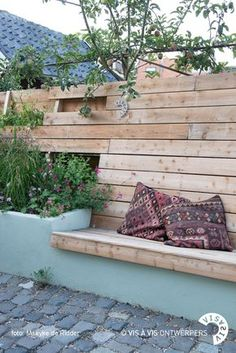 Fence bench and raised planter - ., Fence bench and raised planter - # elevated There are several items that can easily ultimately total a person's yard, for instance a vintage whitened picket containment system and also the garden. Back Gardens, Small Gardens, Outdoor Gardens, Fence Planters, Dream Garden, Home And Garden, Raised Planter, Planter Bench, Gardens