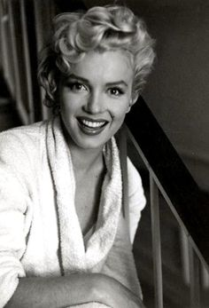 """Marilyn on the set of """"The Seven Year Itch"""", 1954                              …"""