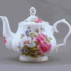 TIffany ~ For A Spot of Tea  You can't beat this shape for a good pouring pot!