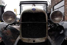 Old Ford car in Bettendorf
