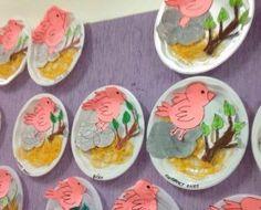 Bird Nest Craft Children of all ages will enjoy one of our favorite spring crafts for kids- a sweet little nest and baby bird craft! Even my toddler enjoyed creating these cute, little baby chicks! K Crafts, Bird Crafts, Preschool Curriculum, Kindergarten, Bird Nest Craft, Christmas Eve Box, Spring Crafts For Kids, Baby Chicks, Toddler Crafts