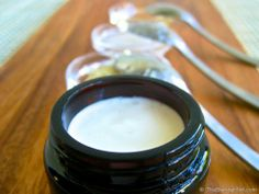 Homemade Organic Vanilla Body Cream from Sophie Uliano of @Naomi Francois Francois du Toit Green. I LOVE her green recipes.