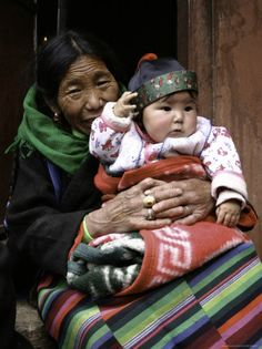 Woman with Child, Tibet Premium Poster