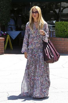 Boho Dress Floral Maxi Dress Chic Dress Rachael Zoe Freakum Dress Hippie Chic Boho Chic Me Adora Hijab Fashion Boho Fashion Over 40, Tribal Fashion, Modest Fashion, Women's Fashion, Rachel Zoe, Vanity Fair, Freakum Dress, Boho Floral Dress, Mode Boho