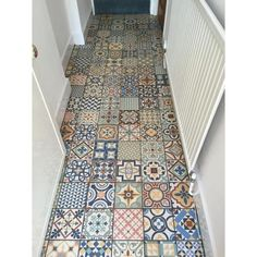 Our Bristol showroom has a wide range of patterned floor and wall tiles. Our Bristol showroom has a wide range of patterned floor and wall tiles. Patchwork Kitchen, Patchwork Tiles, Hall Flooring, Kitchen Flooring, Flooring Tiles, Kitchen Wall Tiles, Bathroom Floor Tiles, Tile Floor, Flur Design
