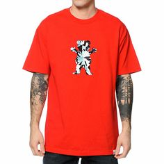 Let your style really shine with the comfortable tagless cotton Diamond Supply Co x Grizzly Simplicity Bear red tee shirt. Instantly brighten your look with the red colorway with a diamond bear logo graphic at the chest and Grizzly Griptape text graphic a