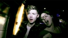 this gif of thomas.. I just cant... IM DYING