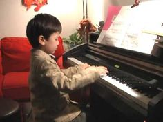 Read more about Richard on http://rainbowpianotechnique.com/news.shtml .  He enjoys playing the Entertainer from Scott Joplin. Richard just turned 4 when he played this piece.