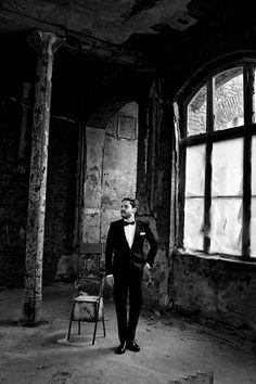 Ravageurs suit up.   Daniel Brühl by Bryan Adams