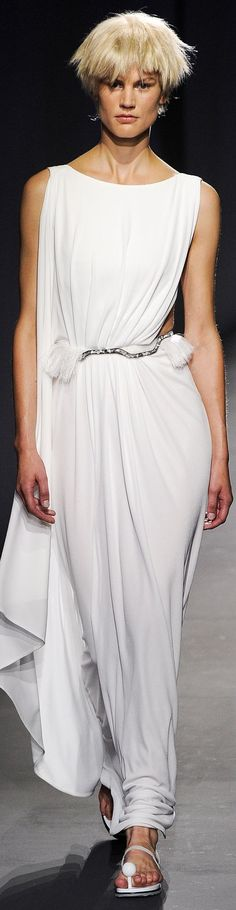 Vionnet Collection Spring 2015 Ready-to-Wear GREAT FOR THE WEDDING and VERSATILE ENOUGH TO WEAR FOR YEARS TO COME