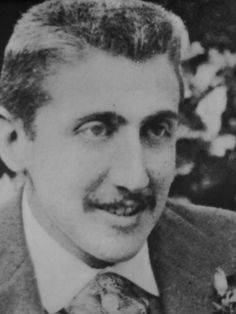 """Marcel Proust """"Paroles des Jours"""" Videos, in French, by friends of… Marcel Proust, Book Writer, Book Authors, Writers And Poets, Interesting Faces, Special People, Classic Books, Famous Artists, Famous People"""
