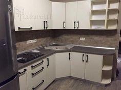 Kitchen Cabinet Design, Small Space Kitchen, Stylish Small Kitchen, Kitchen Decor, Kitchen Modular, Kitchen Remodel, Kitchen Design Small, House Design Kitchen, Kitchen Interior