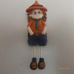 Bonecas do 1069, boneca escuteira em fimo