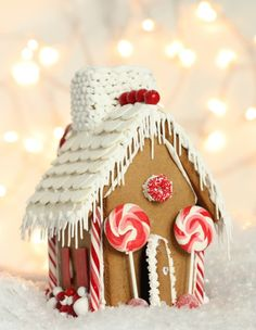 red and white gingerbread house @Sweetopia ~ Marian Poirier