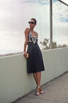 Stunning 42 Adorable Pleated Tulle Midi Skirt to Try https://clothme.net/2018/02/03/42-adorable-pleated-tulle-midi-skirt-try/