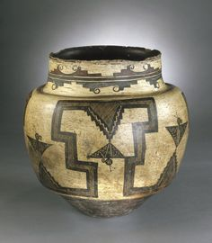 Pueblo, Zuni (Native American). Water Jar, 1825-1850. Ceramic, pigment, 12 3/4 x 12 3/4 in. (31.5 x 33.5 cm). Brooklyn Museum, Museum Expedition 1903, Museum Collection Fund, 03.325.4723. Creative Commons-BY-NC (Photo: Brooklyn Museum, 03.325.4723_SL1.jpg)