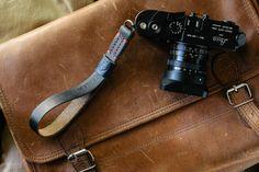 TAP & DYE   cinghie di cuoio Handmade Fotocamera   Cinturini in pelle per fotocamere   Cinturini in pelle Vintage Fotocamera Leica Camera   ...